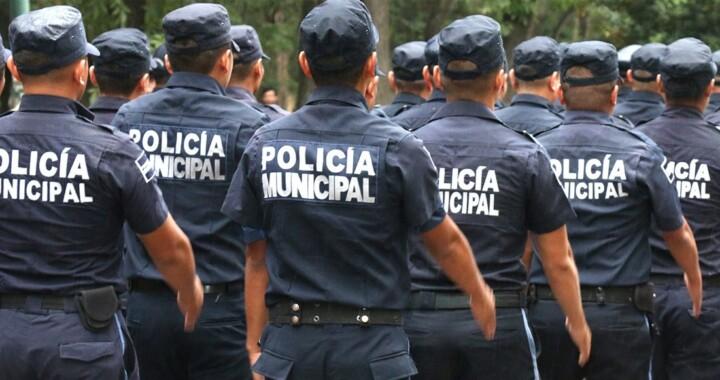 Dan de baja a 43 policías de Puebla; no aprobaron exámenes de control de confianza