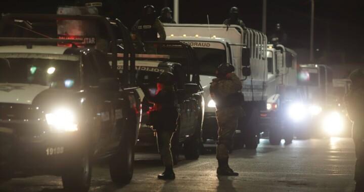 GN y Policía estatal montan operativo de revisión en penal de San Miguel
