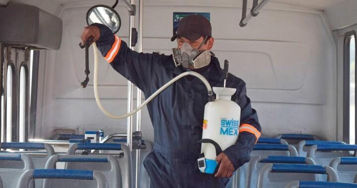 Inicia sanitización de unidades del transporte público