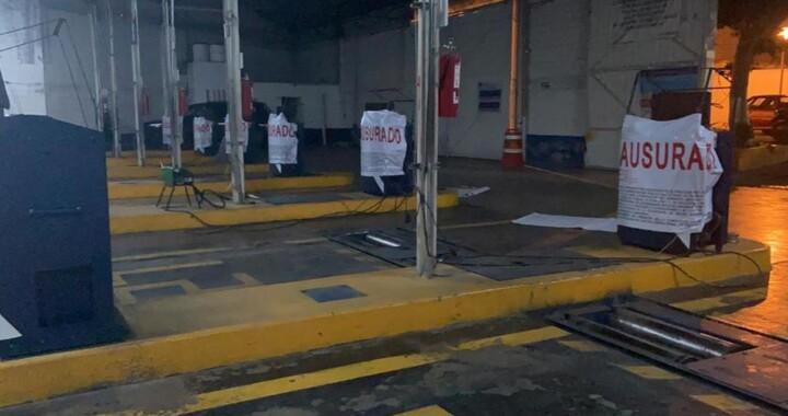 Clausuran verificentros y suspenden programa vehicular 2020 en Puebla