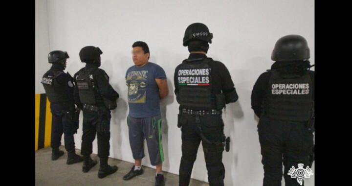 """Detienen a """"El Jabalí"""" socio de """"El Grillo"""", policía municipal  estaba coludido con """"El Jabalí""""…"""