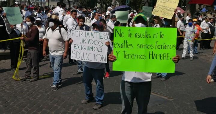 Ferieros de Puebla piden apoyos económicos ante Covid-19