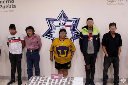 """Captura SSP a cinco presuntos narcomenudistas de la banda de """"El Moy"""""""