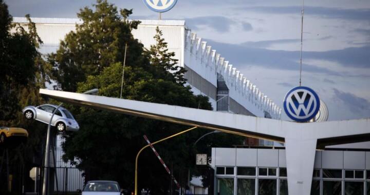 Volkswagen anuncia paro técnico por falta de semiconductores