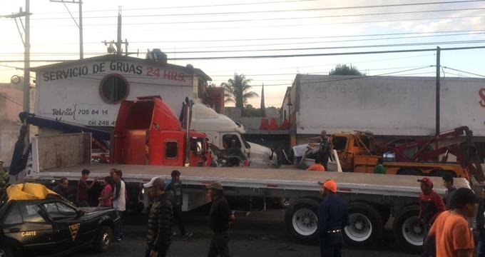 Accidente catastrófico en en la autopista México-Puebla