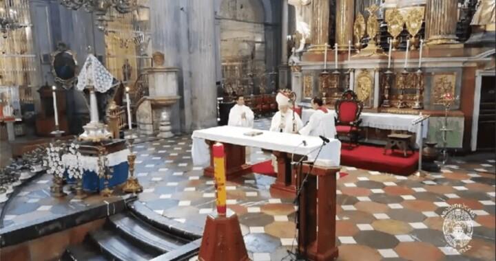 Destaca Arzobispo la fortaleza de los médicos