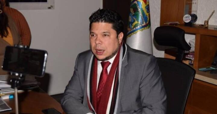 Biestro critica a Claudia Rivera por la confrontación contra el gobierno estatal