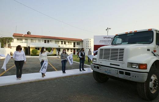 Inicia distribución de pipas en colonias populares del municipio