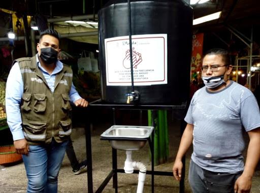 Instalan lavamanos en mercados y central de abasto para reforzar medidas sanitarias