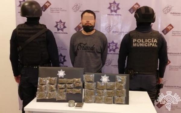 Policías estatal y municipal capturan a presunto narcovendedor