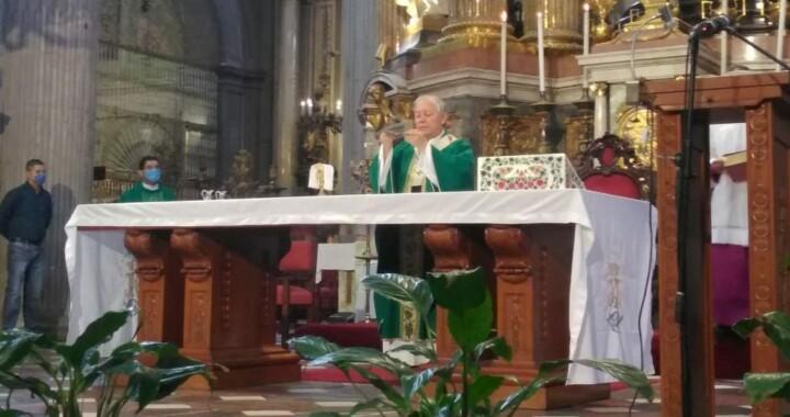 Pide arzobispo quedarse en casa para terminar con  contagios de Covid-19