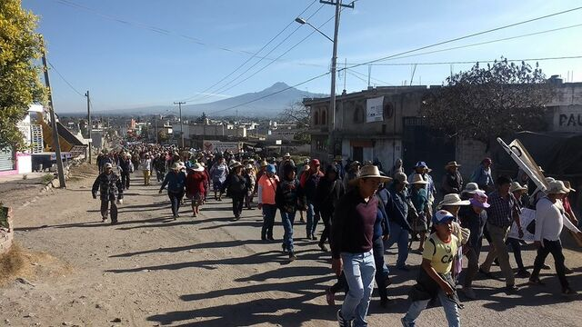 SEGOM en seguimiento con propietarios de tierras en La Resurrección