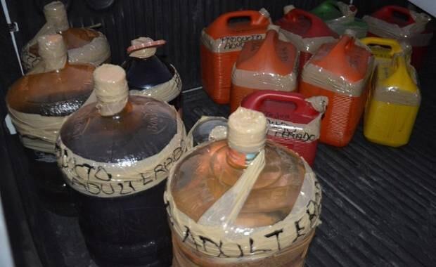 Por alcohol adulterado en Puebla se han intoxicado 104 personas, van 3 detenidos