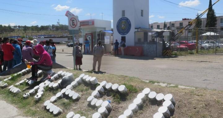 Presos de San Miguel fallecen por tomar gel antibacterial para alcoholizarse