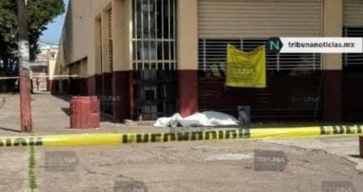 Muere sujeto de intoxicación etílica en Mercado Zapata