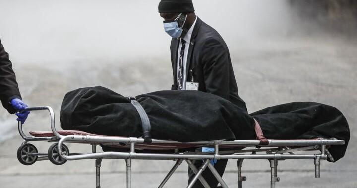 Asciende a 405 los poblanos muertos en EE.UU. por Covid-19