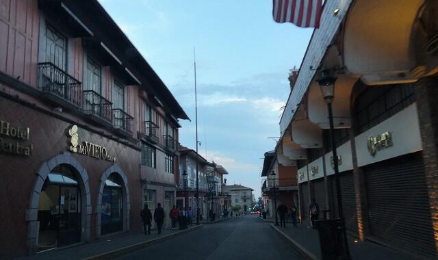 Teziutlán restringe el comercio por aumento de Covid-19