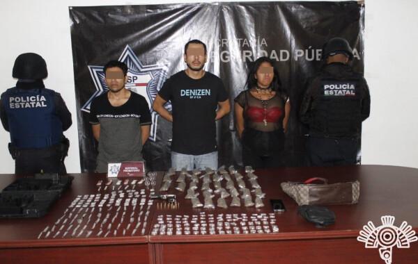"""Detienen a presuntos distribuidores de droga de """"El Moi"""" en San Baltazar Campeche"""