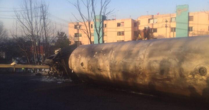 Pipa de gas LP explota en San Francisco Mixtla
