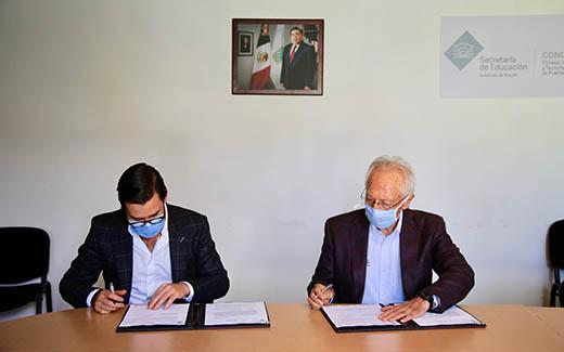 Agencia de Energía del Estado y CONCYTEP firman convenio de colaboración