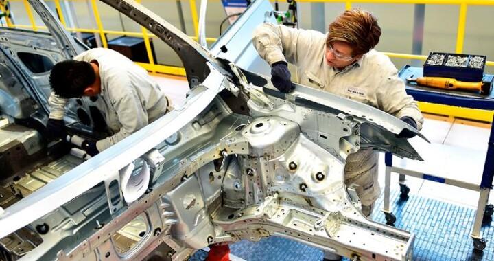 Aumento salarial para empleados de Volkswagen será del 5.46%