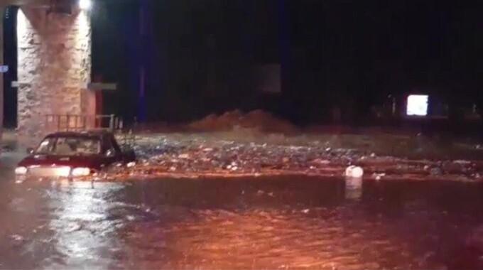 Lluvias provocan desbordamiento del Río Mixteco