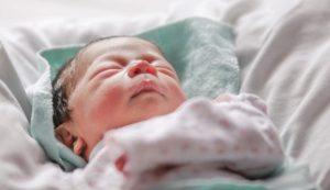 Una gasolinera de Tehuacán es escenario del nacimiento de una bebé