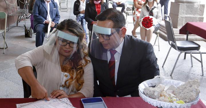 Celebran en SEDIF primera boda de personas con discapacidad