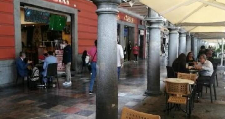 Restaurantes del zócalo Poblano tendrán filtros sanitarios para ingreso