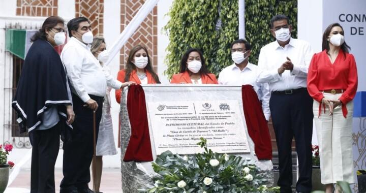 Develan placa conmemorativa de los 500 años de fundación de Tepeaca