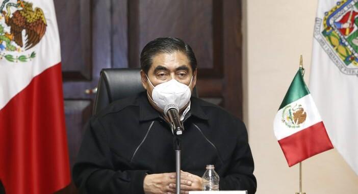 Interés político la salida de 10 gobernadores: Barbosa Huerta