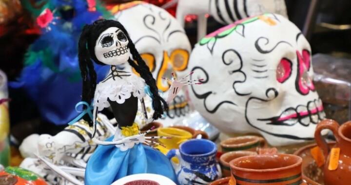 Con exposición fotográfica Cultura celebrará el Día de Muertos