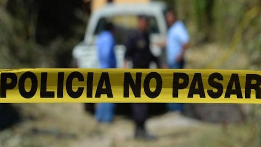Hallan dos cuerpos en barranca de Tecamachalco