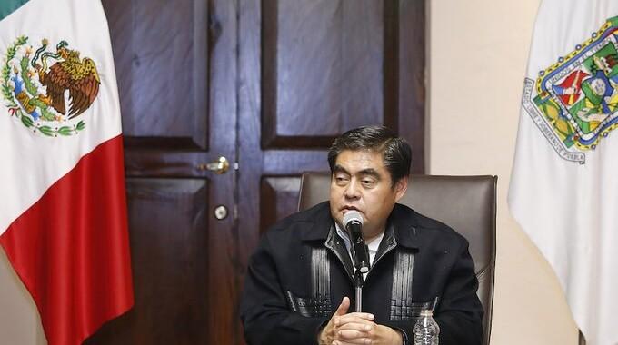 No me eligieron para darle la vuelta a la página de la corrupción: Barbosa Huerta