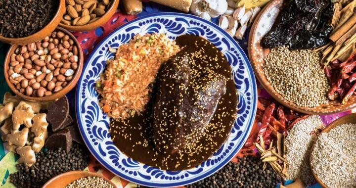 La ciudad de Puebla será sede de la Feria de los Moles 2020
