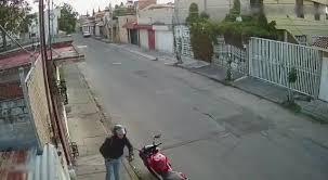 Liberan a policías acusados del homicidio de un adulto mayor