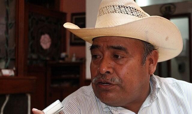 Barbosa Huerta instruye se inicie proceso de destitución del edil de Ajalpan