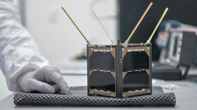 Nanosatélite mexicano AztechSat-1 logra su primera misión