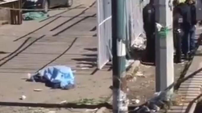 Pierde la vida una persona en situación de calle en la Central de Abasto