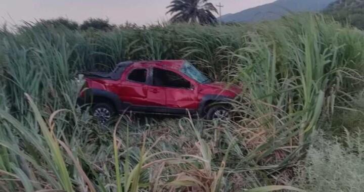 Hombre aparece muerto en carretera Tehuacán-Teotitlán