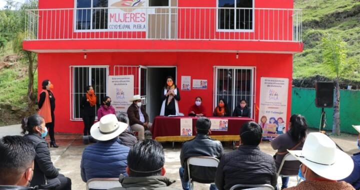 Inaugura SIS Unidad de Atención a Mujeres en Coyomeapan