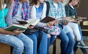 Con entrega de libros, Cultura fortalece la lectura en las 32 regiones del estado