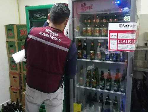 Realizan clausura de 9 establecimientos por venta de alcohol