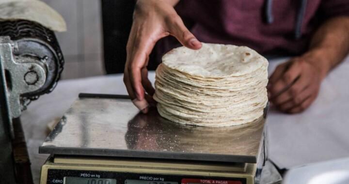 Se cancela el aumento al precio de la tortilla