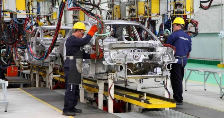 Manufacturas y exportaciones aminoraron impacto económico de la COVID-19 en Puebla