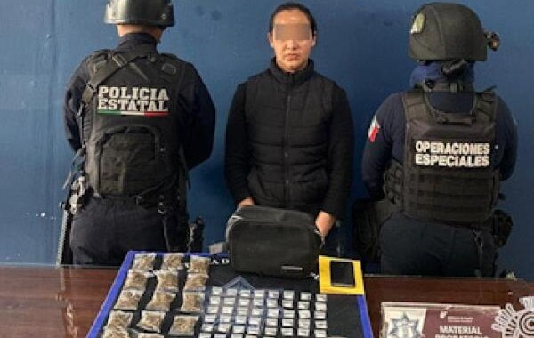 """Policía Estatal detiene a presunta distribuidora de droga de """"La 46"""""""