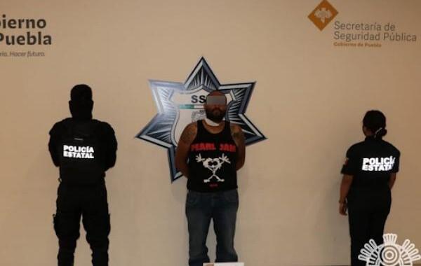 Detienen a un hombre por presunta venta de droga en Xilotzingo