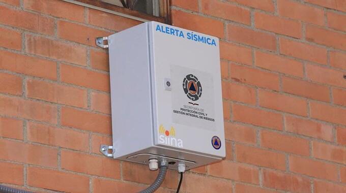 Instalan sistema de monitoreo y alerta temprana en puntos estratégicos de transporte