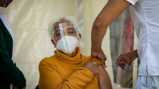 Empezó vacunación en 21 municipios del estado de la zona Surponiente