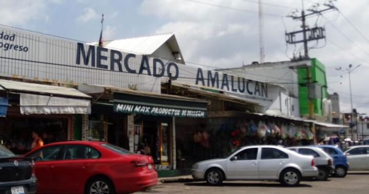 Remodelación del mercado de Amalucan causa riñas y disputas entre locatarios